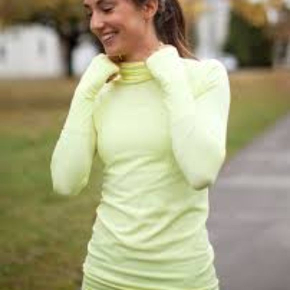 Lululemon Run Swiftly TechTurtleneck- Yellow Neon